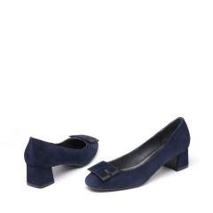 达芙妮(DAPHNE)羊皮方扣方跟低跟女单鞋1016404015